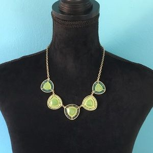 Mint crystal triangle jewels necklace